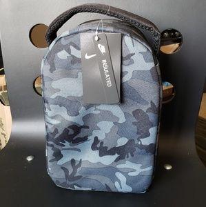 Nike Bags - Nike insulated lunch bag